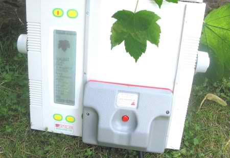 AM350 Portable Leaf Area Meter